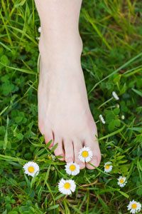 foot health  lincoln lincolnshire grass